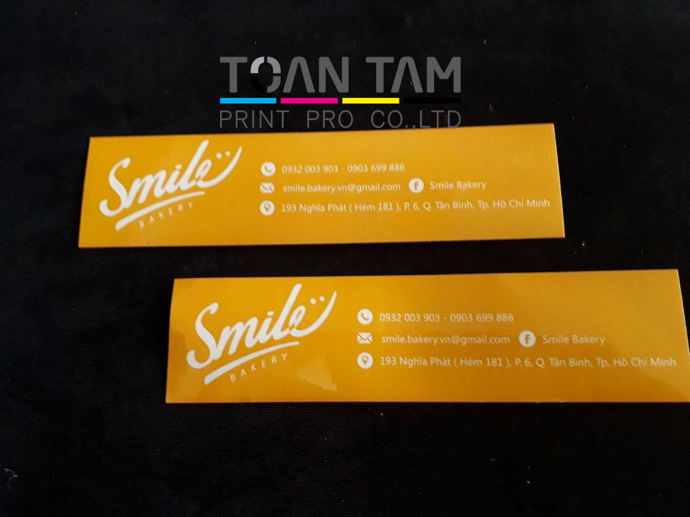 mau thiet ke name card smile bakery